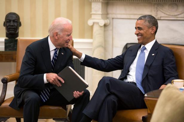 Biden Obama - Chair Talk