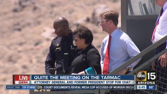 loretta-lynch-clinton-tarmac-575x323