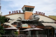 ! Aviation Retro ! Exterior 1 P Joes