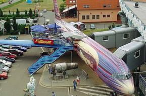 Aviation Retro ! Exterior 2