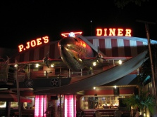 ! Aviation Retro ! Exterior 3 P Joes Night