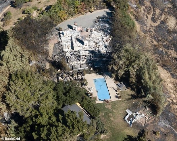 Liam Hemsworth Miley Cyrus' House Trees Not Burned 4